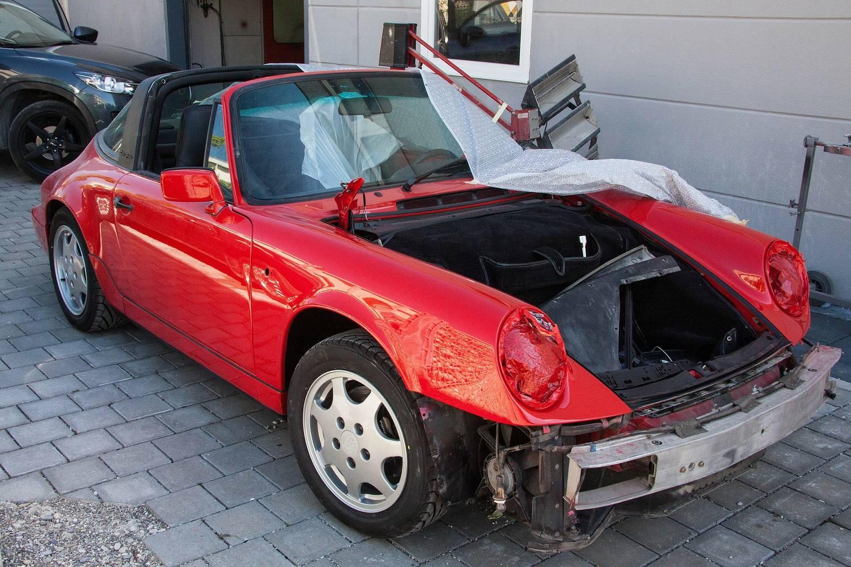 Ile zarabia lakiernik samochodowy?
